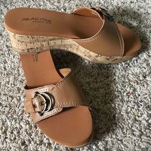 Reaction Kenneth Cole Sz 8 Tan Cork Heeled Sandals